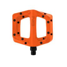 NS Bikes Bistro műanyag pedál fém szegecsekkel narancs - RideShop.hu