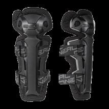 PRO 2 térd-sípcsontvédő